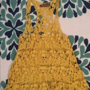 Jolie Moi yellow crochet tank top size S/M